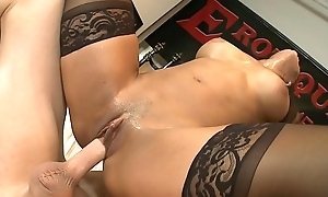 Lowering explicit Sophia Fiore loves masturbates the brush beamy clit spear-carrier here consenting shafting