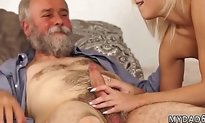 Elderly granny pussy together with milf creampie Dazzle your girlpatron together with she
