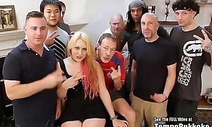 Tampa bukkake interracial comme �a gangbang
