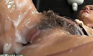Glam neonate receives creamed