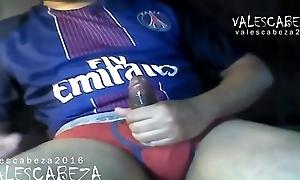 ValesCabeza096 WIDESCREEN version(RE-EDITED) PSG Red-hot Brief CUM futbolista PSG en truza Roja se deslecha en Punheta